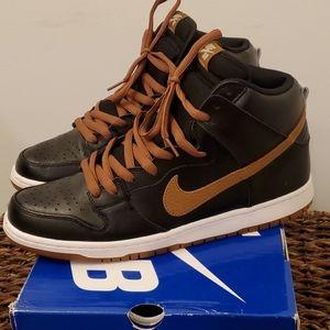 Nike SB Dunk High Pro Black/ GUINESS  Tan size 12